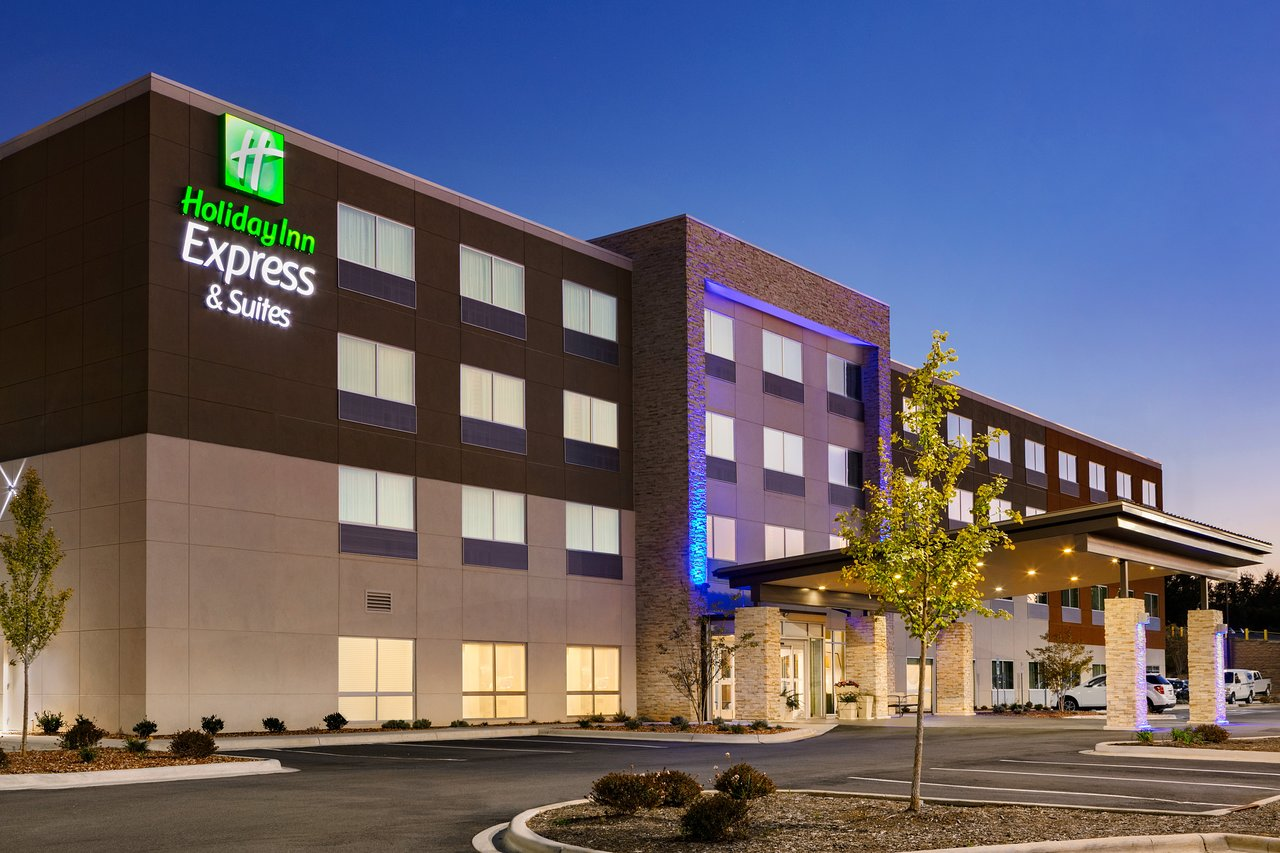 Holiday Inn Express Salisbury